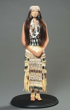 Indian Market Goes GLOBAL | NMAI Magazine Website . Beautiful work!  Love the idea of this doll to put our tribes dress on it. Would love to find someone who sells similar doll, plain.