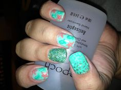 Awesome summer ocean themed art with SNS organics and gel. Wicked awesome ;)
