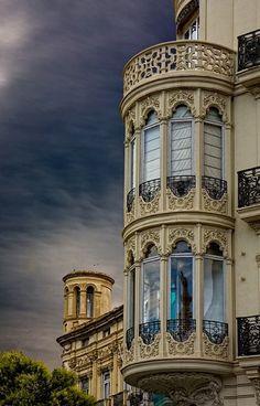 El Centro Comercial el Saler loves los pequeños detalles de #Valencia / via @ImogenS