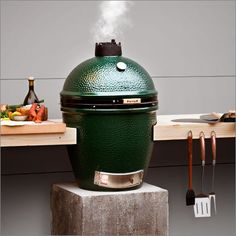 A unique setup for the big green egg. This is the only way to BBQ. At Emmett Energy at Resource Center/Michigan Design Center Big Green Egg Large, Green Egg Grill, Big Green Egg Outdoor Kitchen, Outdoor Kitchen Design, Outdoor Kitchens, Outdoor Cooking Area, Outdoor Dining, Outdoor Decor, Grill Table