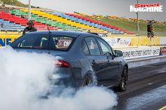 ford-falcon-xr6-sprint-burnout-2.jpg