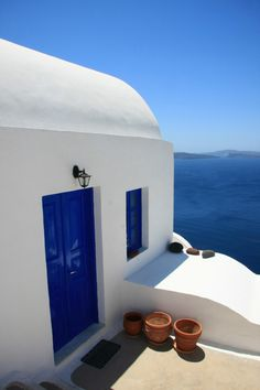 Santorini, Greece. I want this to be my home.