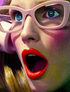 Make up / Red lips / Portrait / Glasses / Lunettes by Miles Aldridge Foto Cv, Shocked Face, Miles Aldridge, Pink Cheeks, Wearing Glasses, Girls With Glasses, Makeup Inspiration, Pretty In Pink, Perfect Pink