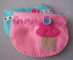 Free Felt Patterns and Tutorials: Free Felt Pattern & Tutorial > Cupcake Purse