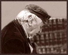 Tres cuentos breves de Juan José Arreola > http://zonaliteratura.com/index.php/2010/08/06/tres-cuentos-breves-de-juan-jose-arreola/