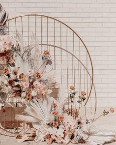 #brisbanewedding #brisbanebride #bridal #wedding #stylist #brisbane #flowers #pretty #brisbaneflorist Boho Wedding, Floral Wedding, Wedding Colors, Wedding Flowers, Wedding Gifts, Bouquet Wedding, Wedding Nails, Wedding Things, Destination Wedding