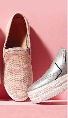 slip-on sneakers http://rstyle.me/n/gbfwnr9te