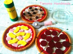 ETSY Pretend food -Felt food -play food How to make a Pepperoni,Hawaiian, and Meatlover's pizza