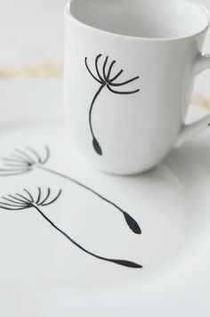 DIY  ::  Simply paint a cup with a porcelain pen, let it dry and it will be dishwasher-ready in only 24 hours!