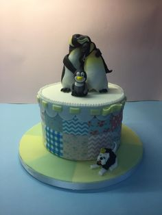 Penguin baby shower cake - Cake by George's Bakes