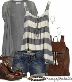 Super cute with jeans or capris! Summer fashion is one of my favorites, with so many different types of looks to incorporate - from nautical, to maxi dresses, and more. Mode Outfits, Short Outfits, Spring Outfits, Casual Outfits, Fashion Outfits, Fashion Trends, Fashion Ideas, Cheap Outfits, Woman Outfits