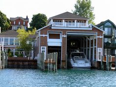 Boat house :)