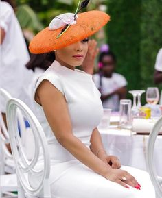 Hot shots: Zynnell Zuh flaunts ultimate royal look African Hats, African Wear, High Tea Outfit, Tea Party Outfits, Kentucky Derby Outfit, Luxury Lifestyle Fashion, Dress Hats, Dress Outfits, Latest African Fashion Dresses