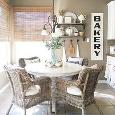 Breakfast nook, farmhouse style :: See this Instagram photo by @thedowntownaly