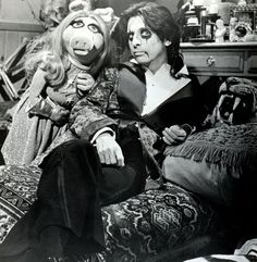 I just happened to stumble upon this little piece of awesomeness,,Alice Cooper and Miss Piggy.