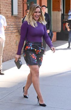 hilary duff Hilary Duff Legs, Hilary Duff Style, Hillary Duff Body, Curvy Outfits, Sexy Outfits, Plus Size Outfits, Curvy Fashion, Plus Size Fashion, Girl Fashion