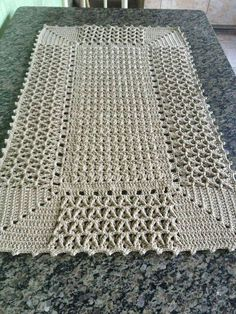 Regina Ester's media statistics and analytics crochet doilies rugs mats and This Pin was discovered by Boż Crochet Borders, Crochet Blanket Patterns, Baby Blanket Crochet, Knitting Patterns, Lace Doilies, Crochet Doilies, Crochet Flowers, Crochet Carpet, Crochet Home