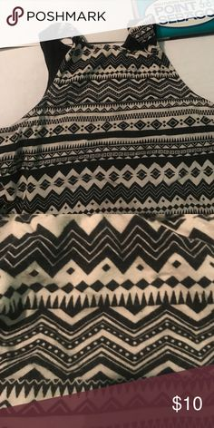 Aztec Crop Top Used to love it. It fits really nicely to me and i'm 5'1 and 130 pounds. Tops Crop Tops