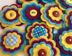 NIÑA x3 adorno de botón hecho a mano flor por MagentaGingerCrafts