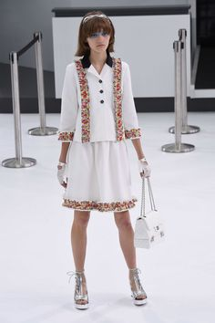 Chanel | Spring 2016 | Look 59