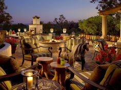 The Veranda Fireside Lounge & Restaurant at Rancho Bernardo Inn is just far enough from bustling San Diego to feel like you're in the middle of nowhere. There's no mistaking the pleasant weather, which means guests enjoy the outdoor fire pit all year long.