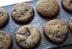 Strawberry banana muffins on #darciebakes! #muffins #strawberry #banana