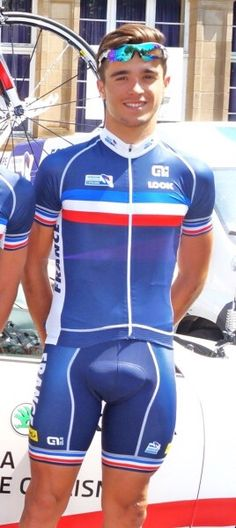 Idea has Cyclist big bulge in lycra opinion you