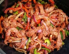 Slow Cooker Steak Fajitas +add 3 bell peppers and mushrooms +use the fajita seasoning she includes paleo crockpot fajitas Slow Cooker Steak, Slow Cooker Recipes, Beef Recipes, Cooking Recipes, Healthy Recipes, Crockpot Ideas, Family Recipes, Healthy Meals, Delicious Recipes