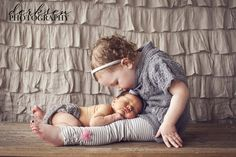 The cutest thing I've seen in a LONG time! LOVE LOVE LOVE IT! Wanna try something similar with my girls and the new bubba