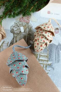 Новогодние шишки / Christmas pine cones