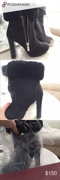 JUNE AMBROSE BOOTS W FUR INSIDE! June Ambrose black boots. Fur interior!! June Ambrose Shoes Heeled Boots