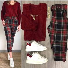 Color Clothing combinations – Just Trendy Girls: - Outfit - Crop Top Outfits, Mode Outfits, Cute Casual Outfits, Stylish Outfits, Dress Outfits, 70s Outfits, Winter Fashion Outfits, Look Fashion, Korean Fashion