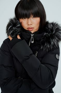 Best Winter Jackets, Best Winter Coats, Pvc Leggings, Sneakers Fashion Outfits, You Look Beautiful, Dressy Outfits, Warm Coat, Short Cuts, High Collar