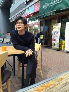 三浦春馬 - See Tutorial and Ideas Asian Boys, Asian Men, Pretty Boys, Cute Boys, Robin, Okada Masaki, Haruma Miura, Japanese Boy, Asian Hotties