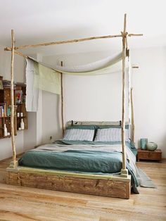 Artful industrial style furniture and shelves - my favorites - romantic canopy bed made of branches like on vacation You are in the right place about soggiorno ant - Home Bedroom, Bedroom Decor, Industrial Style Furniture, Industrial Shelves, Loft Furniture, Branch Decor, How To Make Bed, Decorating On A Budget, Bed Frame