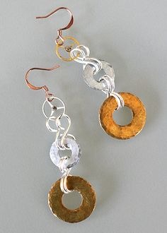 fun! hammered washer earrings Washer Necklace, Jewerly, Jewelry Design, Jewelry Making, Personalized Items, Earrings, Fun, Ear Rings, Jewlery
