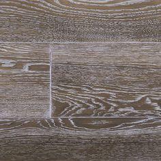 Массивная доска Дуб Воронцовский, все фото: http://m-dec.ru/catalog/floor/massivnaya_doska/dub-vorontsovskiy, темный паркет, темная массивная доска, Массивный паркет. Пол из дуба. Темный пол. Доска под лаком. Пол под лаком. Брашированная доска. Деревянный пол. Дубовый массив. Массив из дуба.
