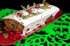 Exceptional Holiday cooking detail are readily available on our web pages. Check it out and you wont be sorry you did. Food Cakes, Sweet Recipes, Cake Recipes, New Year's Eve Appetizers, New Year's Cake, New Year's Food, Cake Icing, Cupcakes, Food Gifts