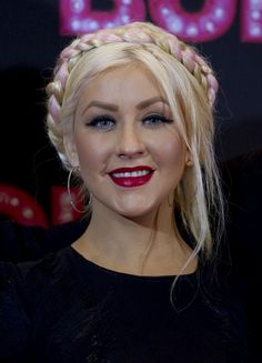 Christina Aguilera's Milkmaid Braid: It is Time to Fire your Hairstylist!