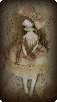 This art doll is so shabby chic!