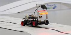 La finale européenne du concours dingénieur de voitures autonomes sest déroulé en mars 2013. ESIEE