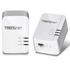 Stando ai dati dichiarati dall'azienda, il PowerLine 1200 Av2 è capace di gestire ambienti fino 465 metri quadri o comunque reti che si estendono in linea d'aria per circa 300 metri. TPL-420E2K è dotato di porta Gigabit Ethernet, supporta lo standard WiFi e la crittografia AES 128 bit. Attualmente non sappiamo quanto costerà in Italia, sul sito TrendNet costa 131 dollari.