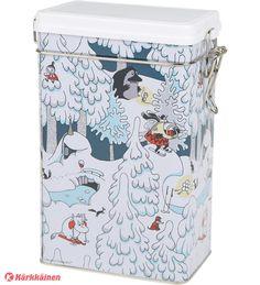 7,90 EUR | Kahvipurkki Talvimaa-sarjastamme. Kaikki purkin sivut kiertävässä kuvassa Muumilaakson asukkaat nauttivat lumisesta talvimaisemasta. Hermeettinen valkoinen muovikansi, PP-muovia. Purkin mitat: 7,6x12x19,5 cm. Peltiä. Käsinpesu, huolellinen kuivaus.