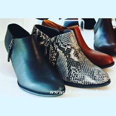 These #boots are made.....check them out on the #blog. #linkinbio #Shoeography #shoes #style #fashion #thanksgivingbreak #working #instashoes #instagood #playtime #treatyoself #booties #fall #fallfashion #comfy #shoeblogger