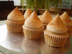 Snickerdoodle Cupcakes | SarahCupcake