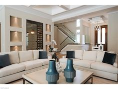 625 Rudder, Naples, Fl 34103 | So much to see in this coastal contemporary home in the Moorings
