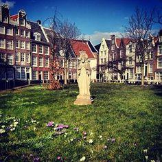 Begijnhof, medieval garden