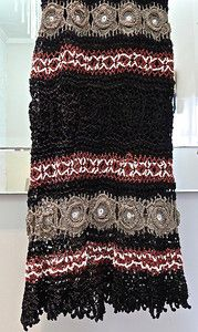 get_inspired-giovanna_crochet-vestido-preto-bege-vinho-detalhe-saia.jpg