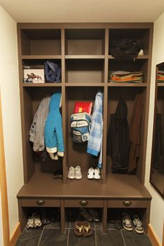 1000 Images About Entry Closet Ideas On Pinterest Mud