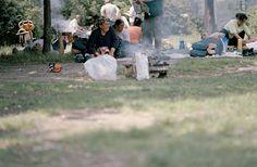 03. BEHAVIOUR ************************** [Marina Ballo Charmet - Berlino. Tiergarten, dalla serie Il parco, 2007]